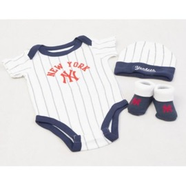baby sada MAJESTIC ROMPER, HAT, SOCK SET 0-6 month NEYYAN